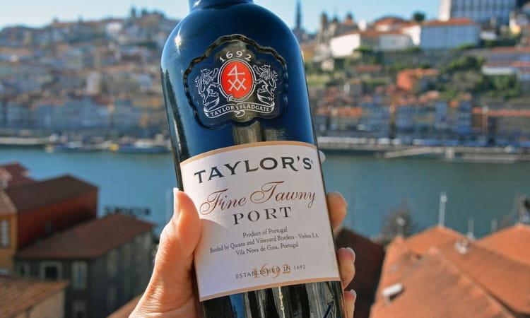 Красивый и неповторимый португальский портвейн порто
