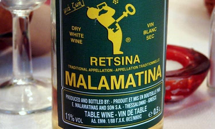 Наслаждайтесь прекрасным вином рецина