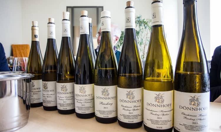 Вкусное вино рислинг с германии