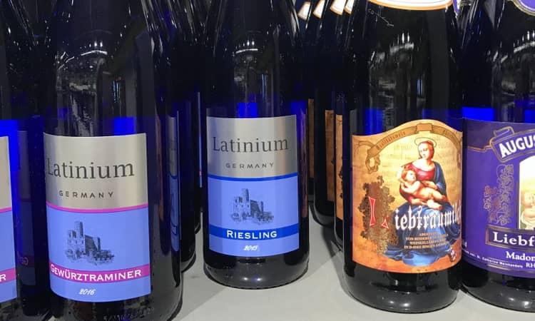 Как купить сухое белое вино рислинг