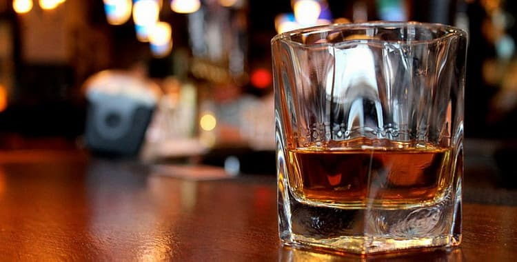 Бокалы для виски: как выбрать, какие есть виды, как правильно пользоваться