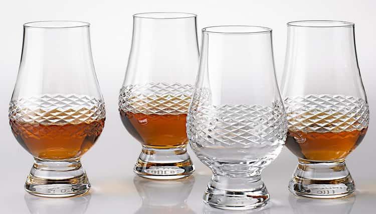 Как выбрать необычные стаканы для виски
