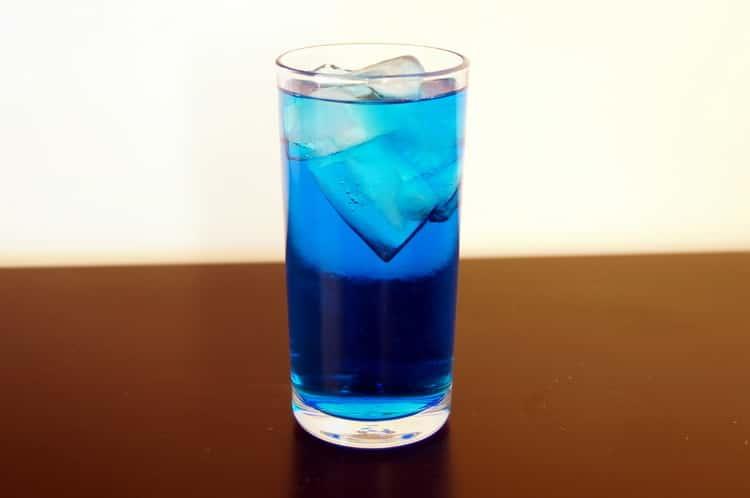 Что входит в коктейль голубая лагуна