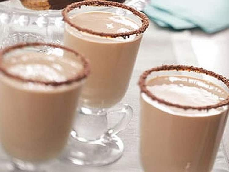 Как готовить кофейный коктейль кузнечик