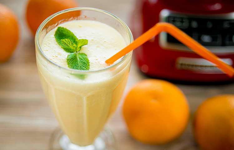 Как приготовить апельсиново-банановый шейк