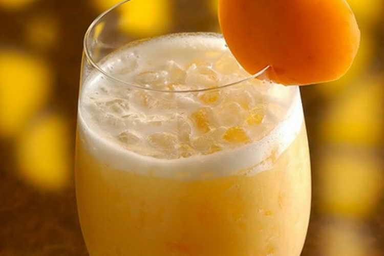 Безалкогольные коктейли с апельсиновым соком