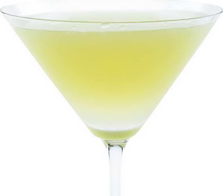 Как делать коктейли с белым вином