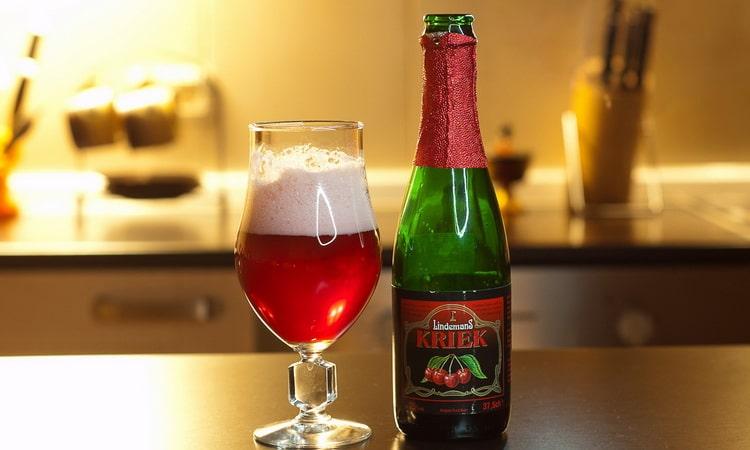 Как подавать вишневое бельгийское пиво крик