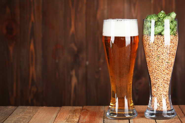 как пить светлое пиво