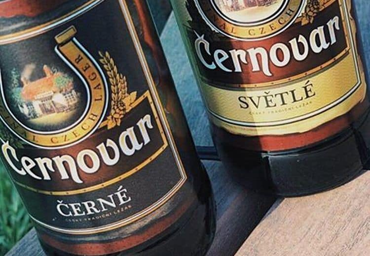 В линейке Черновар есть светлое и темное пиво.