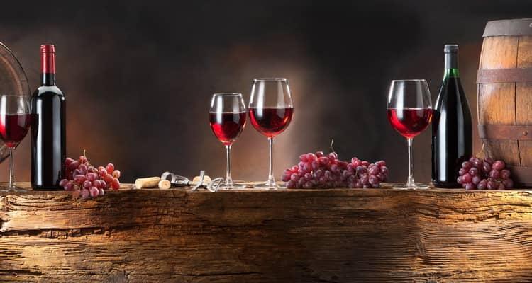 Как и с чем пьют сухое красное вино с чили