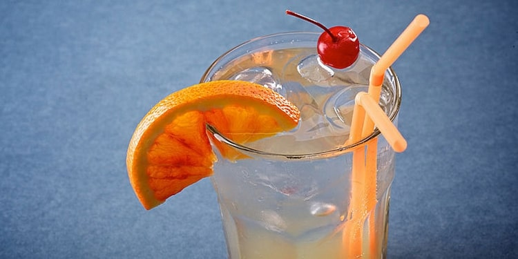 предлагаем вашему вниманию классический рецепт коктейля Том Коллинз.