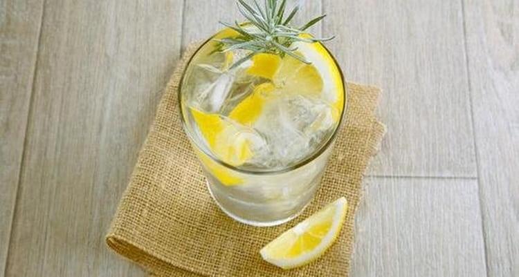 Поговорим о том, с чем пьют джин.