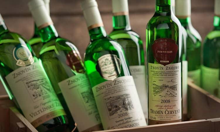 Сладкое вино Znovin Znojmo 2008