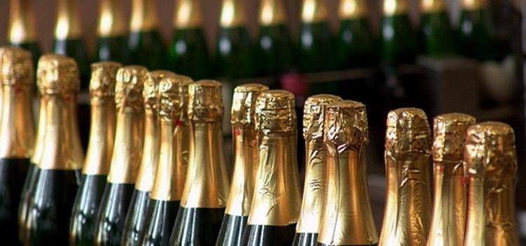 чем отличается шампанское от игристого вина,
