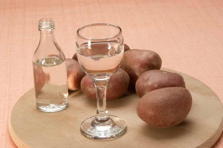 как получают спирт для водки