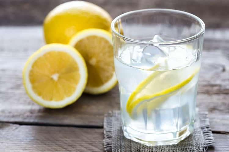 Рецепт приготовления лимонной водки в домашних условиях