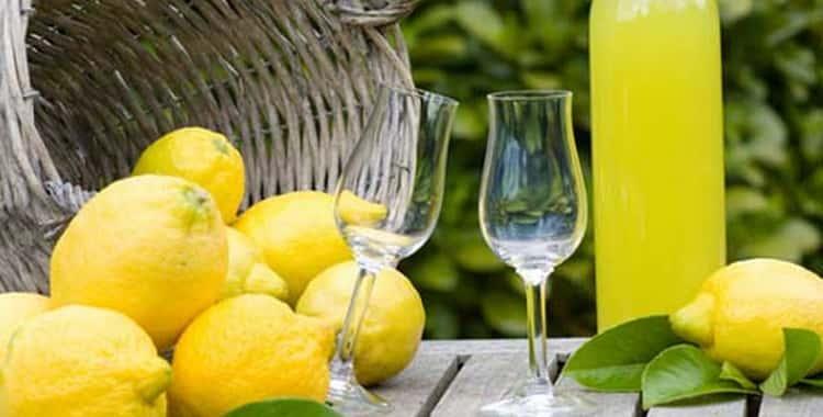 Как приготовить лимонную водку в домашних условиях