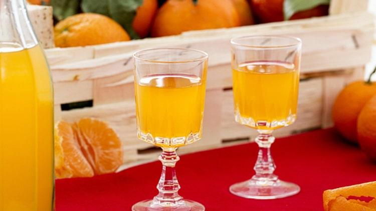 лимонный ликер в домашних условиях на водке разные способы