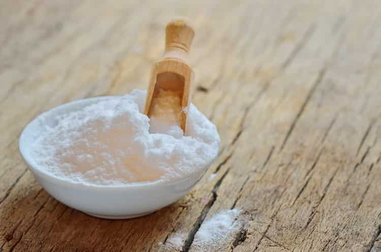 Особенности очистки самогона содой