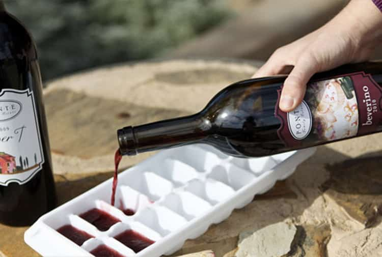 при какой температуре замерзает вино
