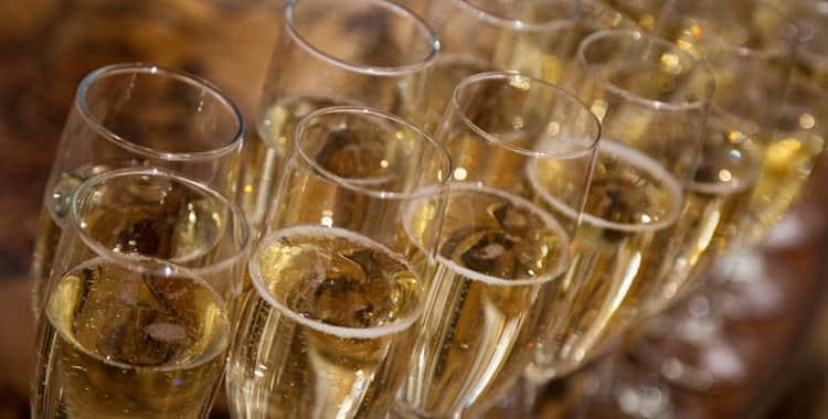 Обзор шампанского Кристалл