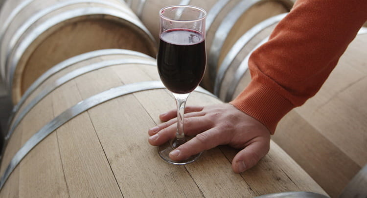 чем полезно красное вино для мужчин