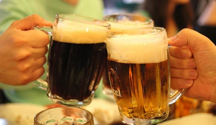 Чтобы определиться с тем, какое пиво лучше: светлое или темное, нужно, безусловно, дегустировать напиток!