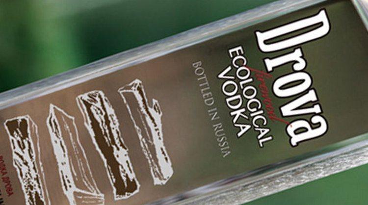 Большой популярностью пользуется и водка Дрова.