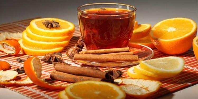 Настойка корицы на водке будет еще более ароматной, если в рецептуре использовать апельсин.