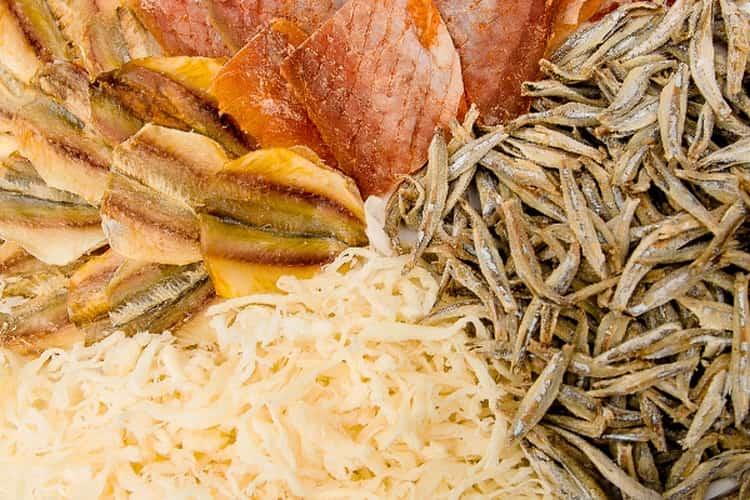 Нынче в продаже есть самая разная рыба к пиву.