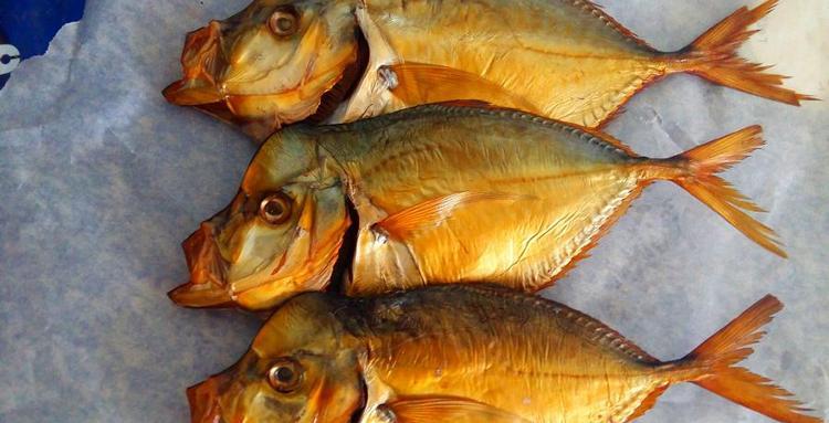 Многим нравится копченая рыбка к пиву.