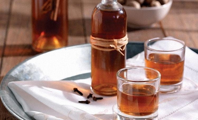 настойку из кураги можно приготовить и на спирту.