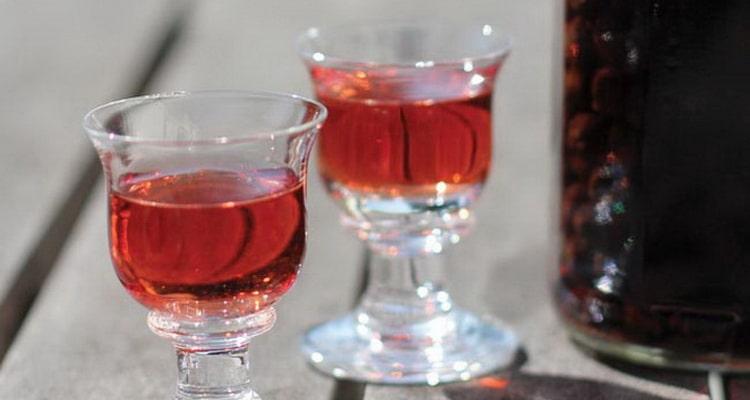 терновая настойка на виноградном вине