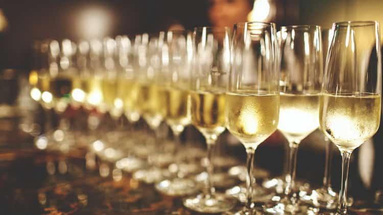 Сколько градусов алкоголя в шампанском