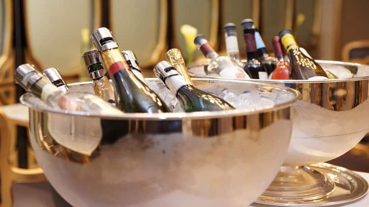 Сколько калорий в различных видах шампанского