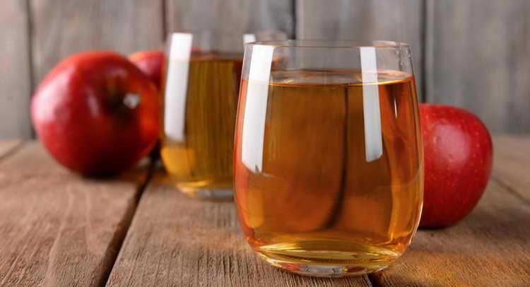 модный французский яблочный ликер