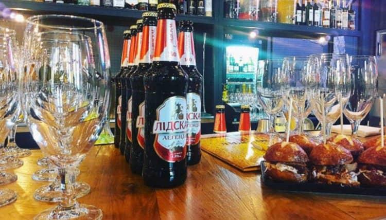 Даже темное Лидское пиво можно использовать для приготовления разнообразных коктейлей.