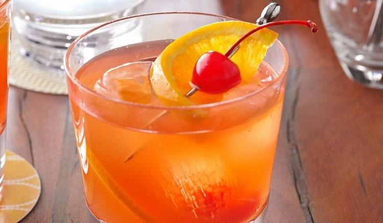 А вот еще один рецепт коктейля Old fashioned.