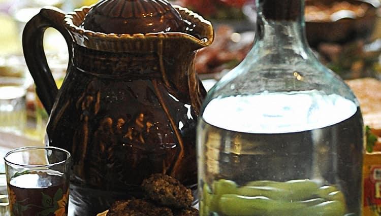 А вот еще один простой рецепт приготовления самогона из ячменя в домашних условиях.
