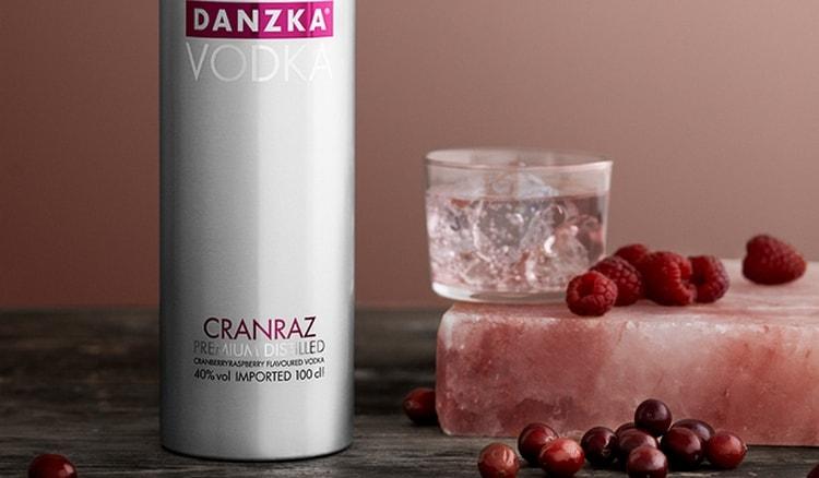 Этот напиток сочетал в себе аромат клюквы и малины.