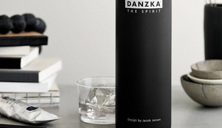 Водка Danzka (Данска) это действительно дорогой элитный напиток.
