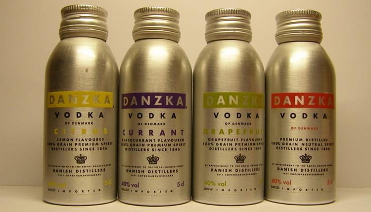 В линейке водки Данска есть очень много разнообразных продуктов.