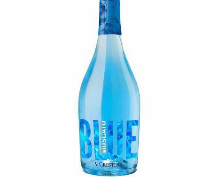 шампанское в голубой бутылке