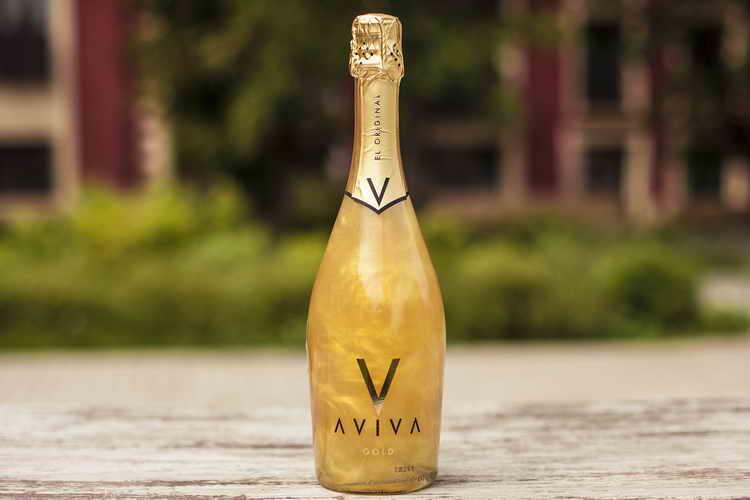 красивое шампанское aviva