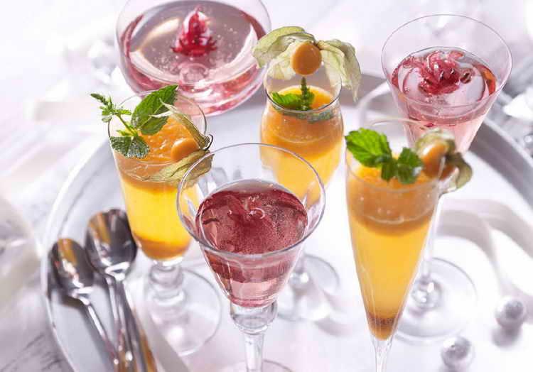 цветное шампанское aviva