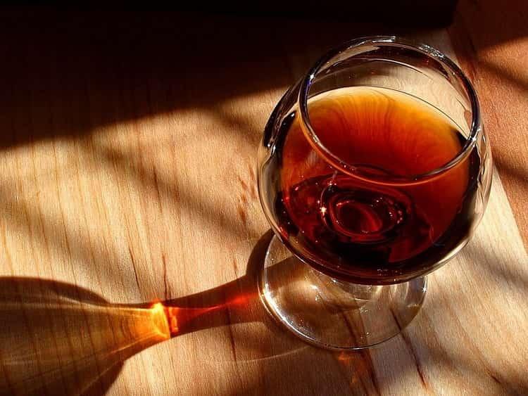 Как подавать виноградный бренди