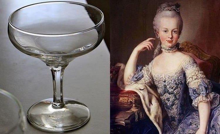 Бокалы для шампанского в форме блюдца имеют богатую историю.