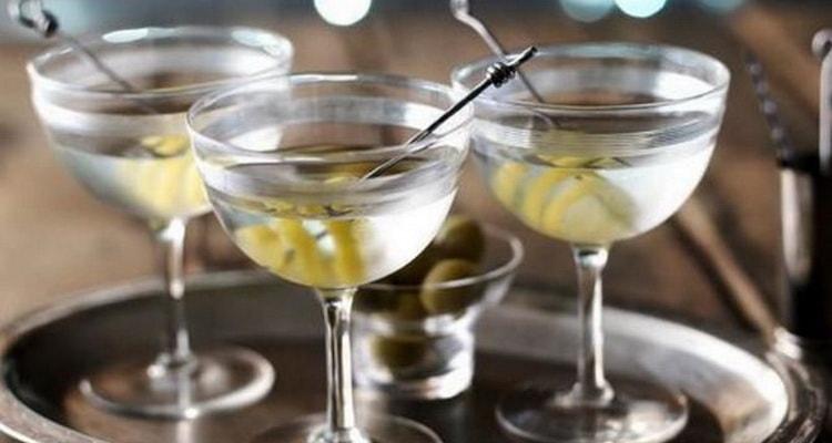 калорийность водки в 100 граммах коктейлях