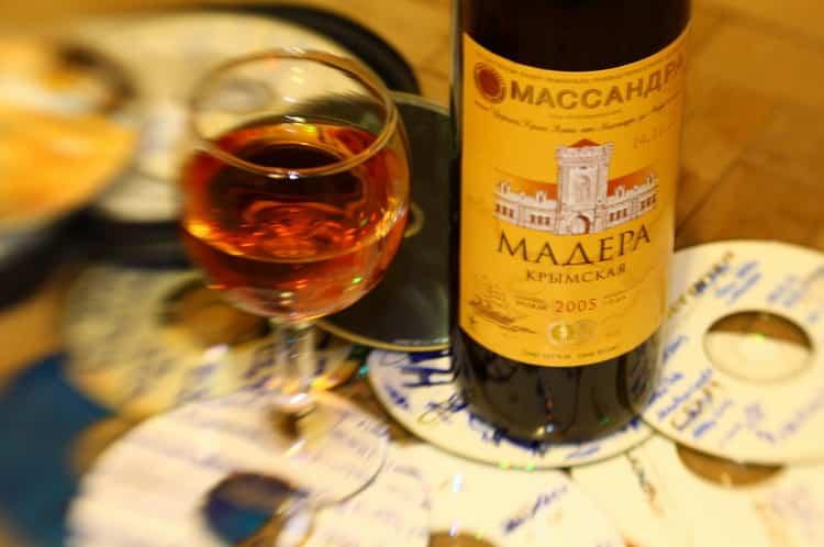 вино черный доктор массандра: как подавать